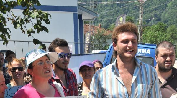 Hes Eylemine Katılan İki İşçi İşten Çikarildi, Yöre Halkı Tepki Gösterdi
