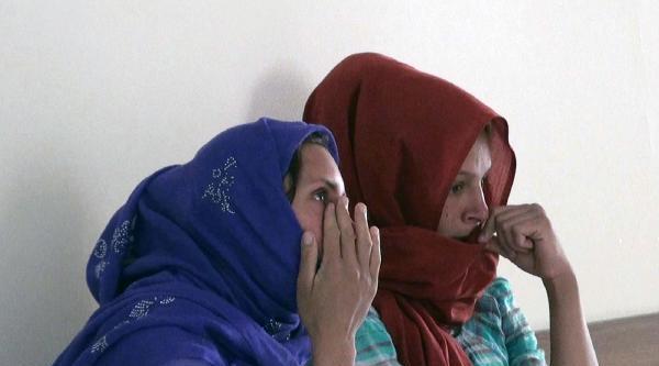 Hilvan'da Hırsızlık Şüphelisi 2 Kadın Tutuklandı