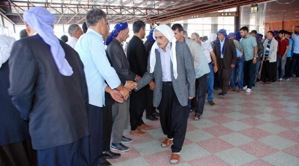 Hilvan'da Husumetli Aileler Barıştırıldı