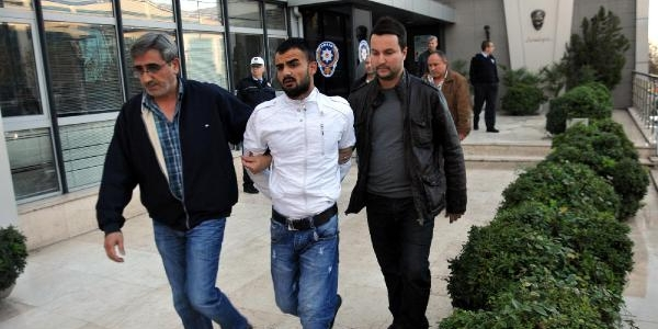 Hirsizlik Şüphelileri Kiralik Otomobille Gezerken Yakalandi