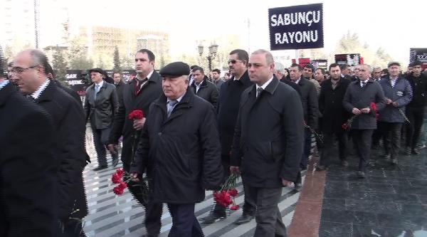 Hocalı Katliamı Bakü'de Anılıyor