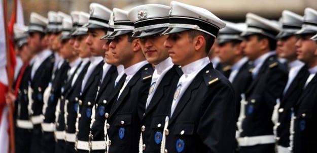 Hükümet polis teşkilatına el atıyor!