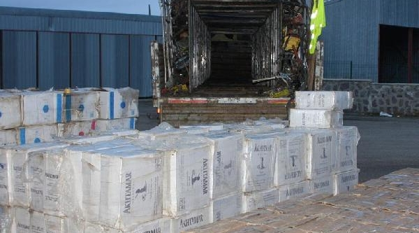 Hurda Arasinda 245 Bin Paket Kaçak Sigara