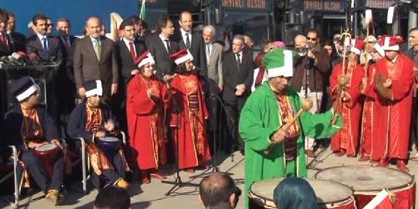 Ibb Başkani Topbaş: Istanbul'un Ulaşim Problemini Biz Çözeceğiz
