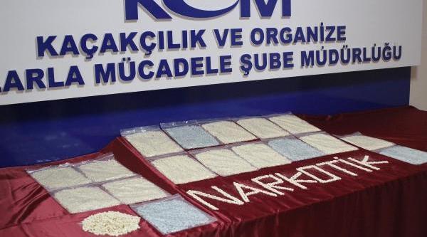 'içinde Gdo'suz Nohut Var' Dediği Poşetten 20 Bin Uyuşturucu Hap Çikti