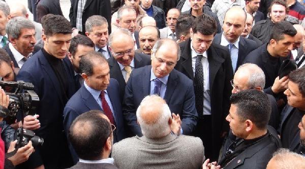 İçişleri Bakanı Ala Iğdir'da Caferileri Ziyaret Etti