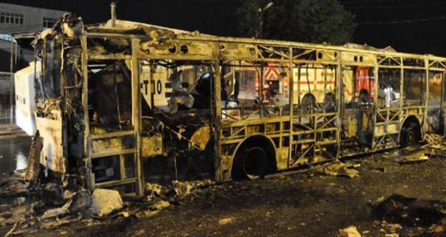 İETT otobüsünü ateşe  verdiler...