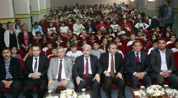 İgdaş'tan Okullara Erguvan