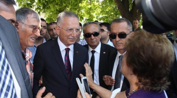 İhsanoğlu: Bayrağın Ve Vatanın Birliği Türkiye'nin Kırmızı Çizgisidir (ek Fotoğraflar)