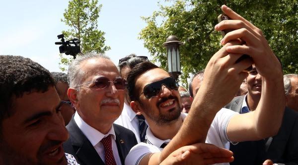 İhsanoğlu, Cuma Namazını Hacı Bayram Veli Camii'nde Kıldı / Ek Fotoğraflar