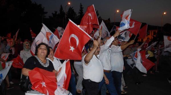 İhsanoğlu Fark Attı, Ak Partililer Kutlama Yaptı