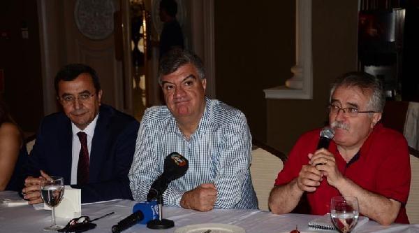 İhsanoğlu'na İzmir Chp'den Destek