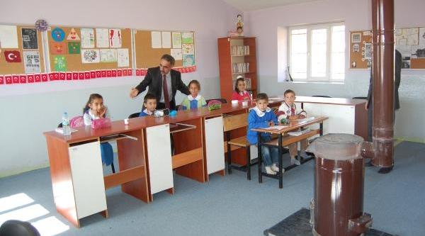 Iki Köyün 8 Öğrencili Okulu