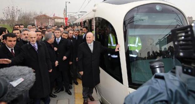 İlk yerli tramvay İstanbul raylarında