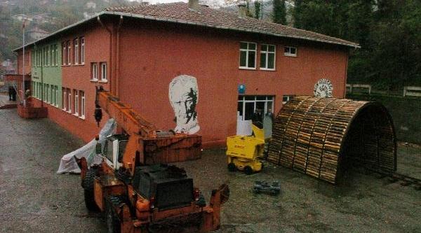 Ilkokulda 'kömür Madeni Ve Zonguldak' Konulu Karma Sergi
