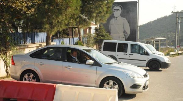 Imrali'Ya Giden Kardeşi: Öcalan'in Katkisini Söyleseler Iyi Olacakti (2)