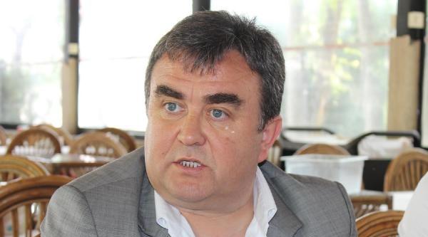 İnegölspor'da Başkan Adayı Yücel Demir Listesini Açıkladı