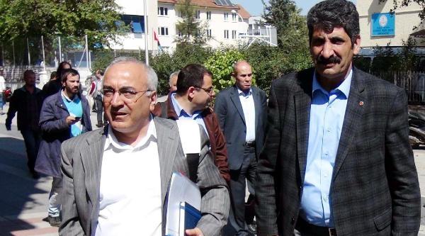 İnsan Hakları Heyeti Saldırıya Uğrayan Hdp Binasını İnceledi