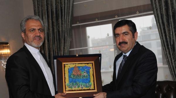İran'in Ankara Büyükelçisi, Van Valisini Ziyaret Etti