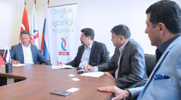 İran'in Moskova'daki Elçilik Heyeti, Rus Türk İşadamlari Birliği'nden Ticaret Desteği İstedi