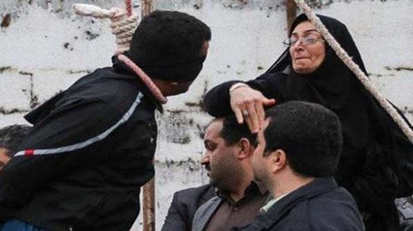 İranlı anne anlattı: Oğlumun katilini niçin kurtardım?