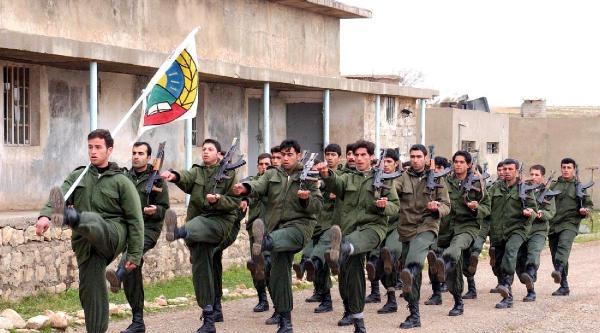 İranli Kürt Peşmergeler De Işid'le Savaşmak İçin Irak Bölgesel Kürt Yönetimine Başvurdu