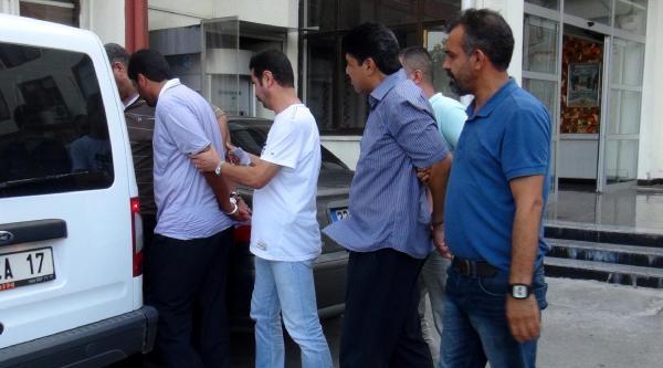 İranli 'tırnakçılar' Polisten Kaçamadı