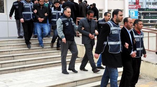 Işadami Ahmet Şireci'yi Kaçiran 7 Kişi Tutuklandi
