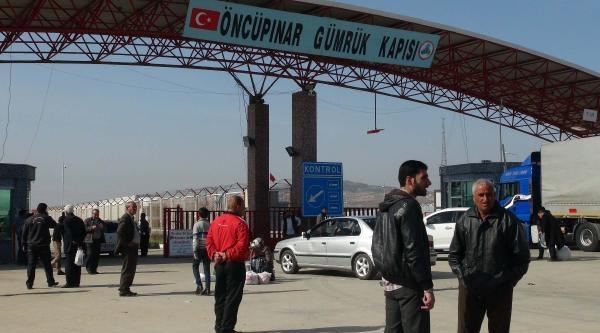 Işid Azez'den Çekildi, Suriyeliler Dönmeye Başladı