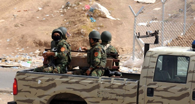 IŞİD, Musul'a Vali atadı, konsolosluk görevlileri halen ellerinde
