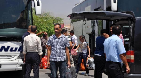 Işid Saldırılarından Kaçan Yezidilerin Bir Bölümü Türkiye'de