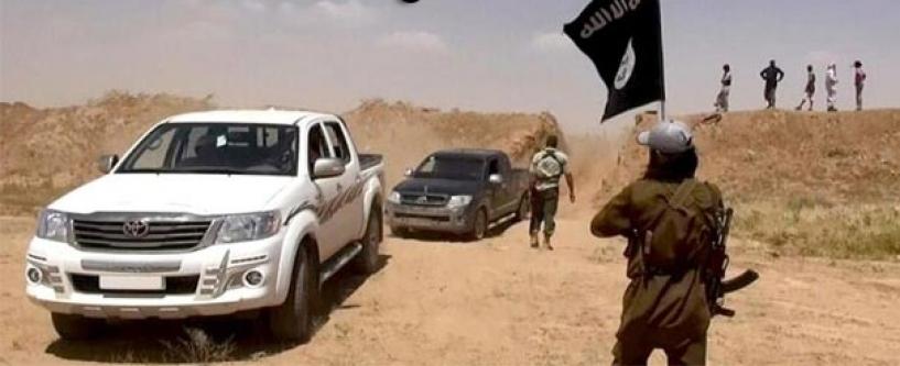 IŞİD Türkmenlerin yaşadığı ilçeyi kuşattı! Bağlantı kesildi!