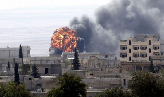 IŞİD'e karşı yeni cephe! Kobani'de onlar da savaşıyor!