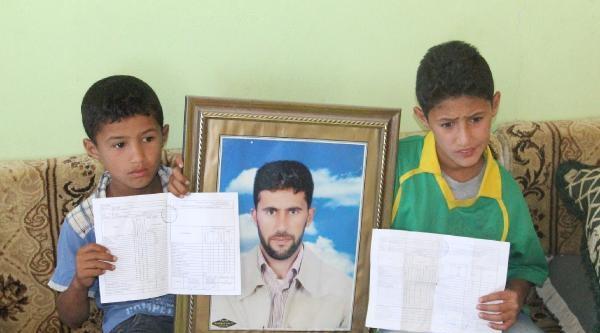 Işid'in Kaçırdığı Tır Şoförlerin Çocuklari Karnelerini Babalarına Gösteremedi