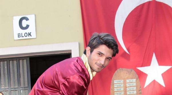 Işitan Önder, Mimar Sinan Üniversitesinde Radyo Televizyon Sinema Okuyacak