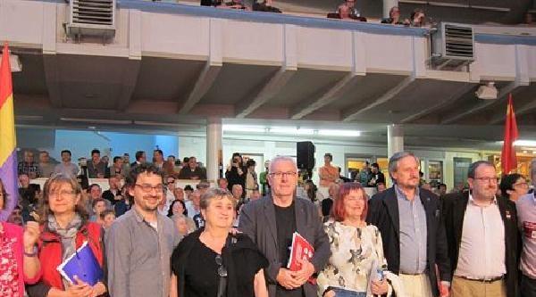 İspanya'da Avrupa Parlamentosu Seçim Mitinginde Soma İçin Saygı Duruşu