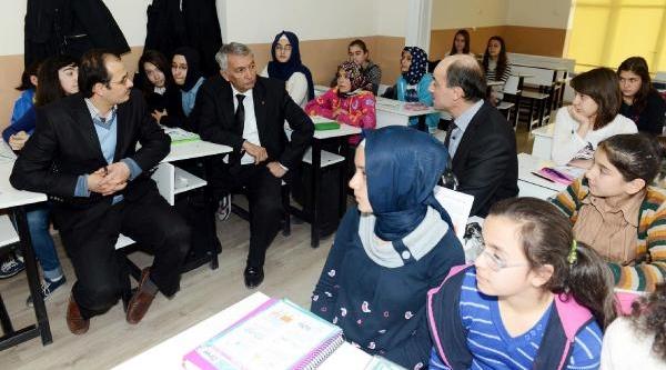 Isparta Belediye Başkani'ndan Hükümete Dershane Tepkisi