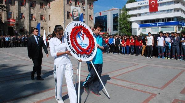 Isparta'da Sessiz Kutlama
