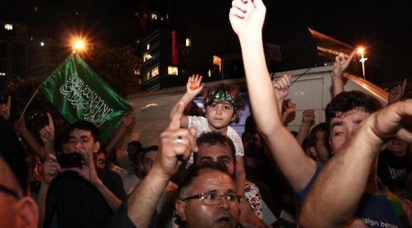 İsrail Başkonsolosluğu Önünde Eylemler Sürüyor