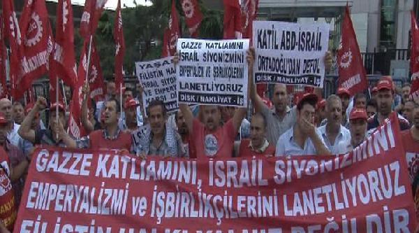 İsrail Başkonsolosluğu Önünde İsrail Bayraklarını Yaktılar