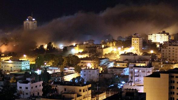 İsrail Gazze'yi bombalıyor!