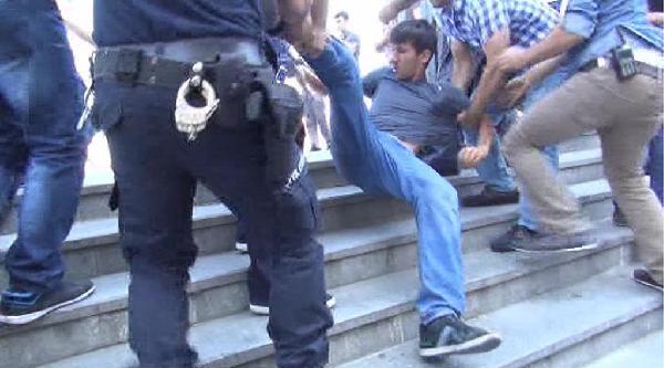 İstanbul Adalet Sarayı Önünde Polis Müdahalesi