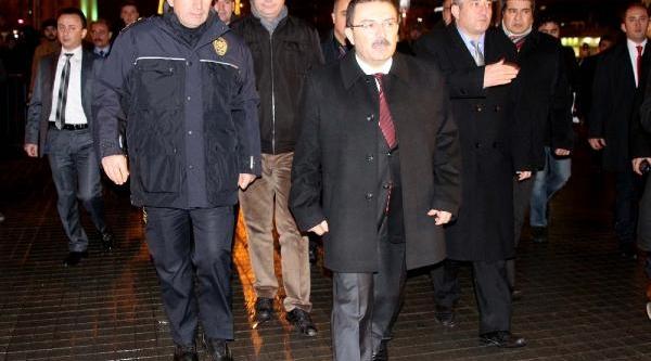 Istanbul Emniyet Müdürü Taksim'de
