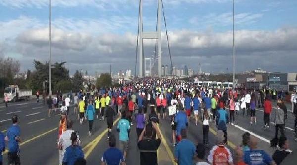 Istanbul Maratonu'ndan Renkli Görüntüler