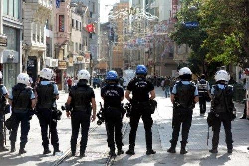 İstanbul'da Kovalamaca, Ankara'da Polis Müdahalesi...