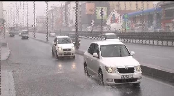 İstanbul'da Sağanak Yağmur (1)