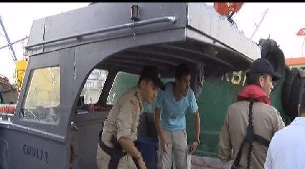 İstanbul'da Trol İle Avlanan Balıkçılara Operasyon