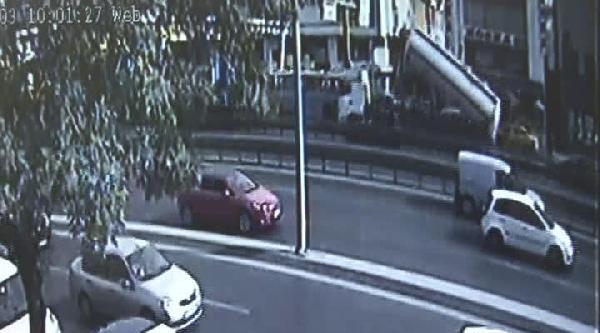 İşte Tankerin Üst Geçidi Yıkma Anı / Kaza Saniye Saniye Güvenlik Kamerasında