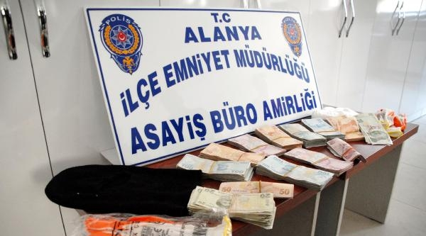 İşyerinin 75 Bin Lirasını 'kapkaça Uğradım' Diye Çalmiş