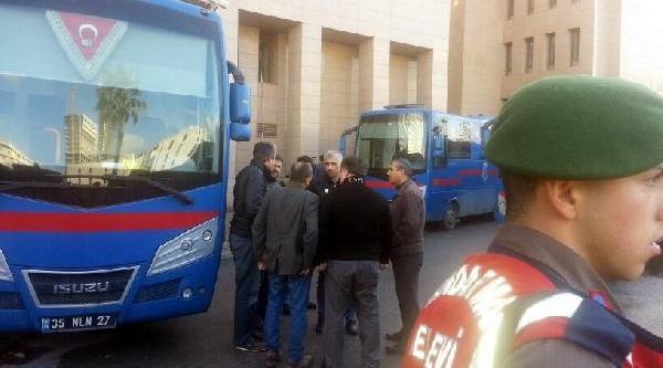Izmir Adliyesinde Tutuklu Isyani (2)